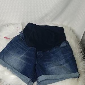NWT Isabel Maternity shorts